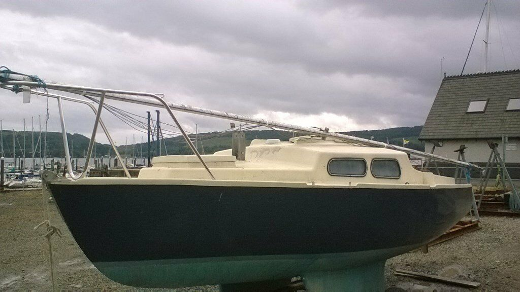 Yacht sailing boat fishing cabin cruiser project 19ft 18ft for Nice fishing boats