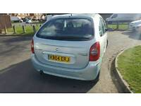 Citroen Picasso diesel1 years mot no advisorys
