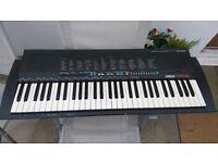Yamaha PSR 18 Keyboard Piano