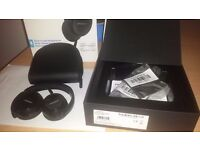 New (open box not used) Bose On Ear Headphones, Club Black WW 715594-00 10 (WIRED)