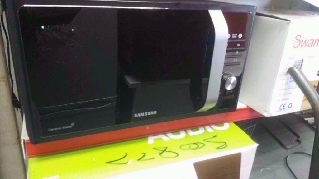 Samsung 23 litres brand new microwave oven. Price Now £59 Was £109.99