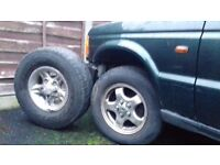 LANDROVER DEFENDER BIG ALLOYS AND TYRES