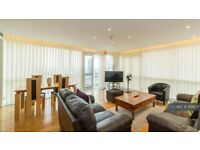 2 bedroom flat in Eaton House, London, E14 (2 bed) (#1154207)
