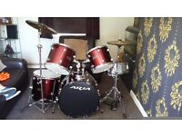 Aria drum kit and spares