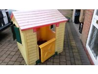 Little Tikes Playhouse - Very Good Condition