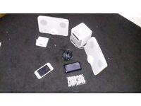 Ipod touch 4th gen 32GB white BUNDLE