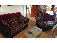 2 + 1 fabric suite. In pristine condition and very clean. I can arrange delivery if required.