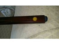 Rare Vintage john bennett london one piece snooker cue with vintage metal case
