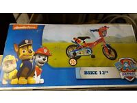 PAW PATROL BIKE BRAND NEW BOXED 3-5 YEARS 12""
