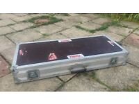 Flight case for electric guitar x2, will seperate.