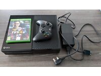 Xbox One with controller and Fifa 14 Game