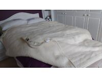 Dorma therm Merino Wool bed overlay for Double Bed