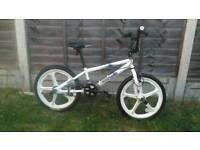 "White Bmx 20"" wheel bike"