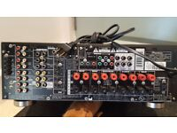 Pioneer vsx-d811s stereo receiver and remote (120v US Power)