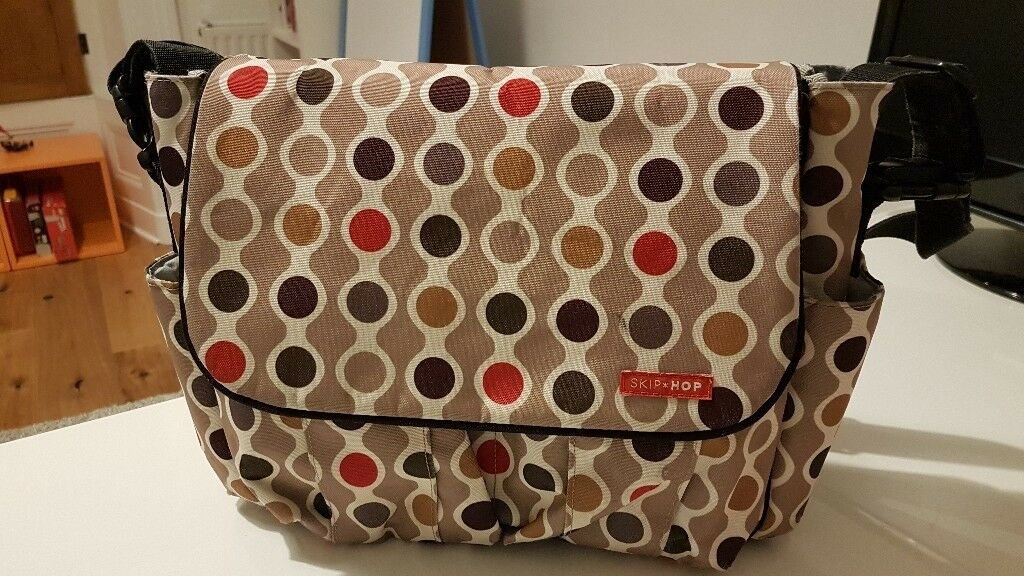 Skip Hop Dash Change Bag- Wave Dot