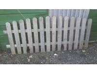Rounded picket fence for sale
