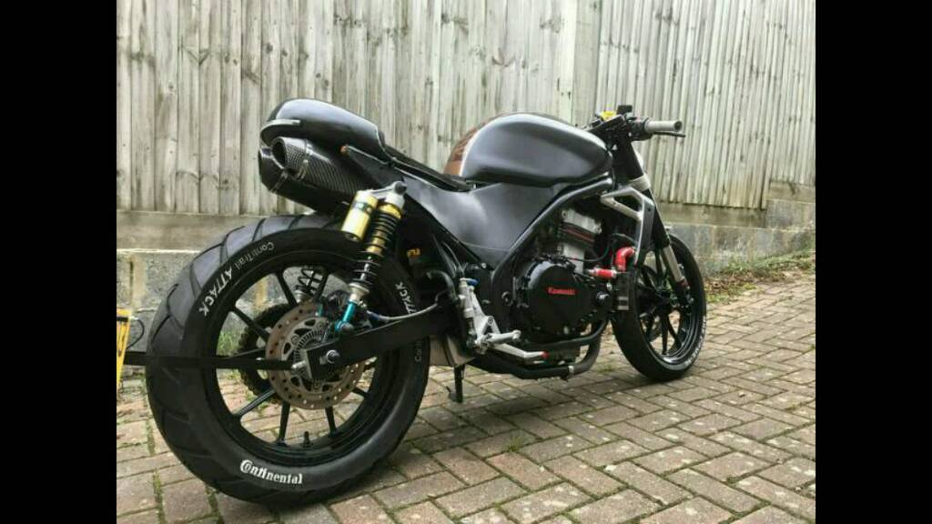 Er500 Cafe Racer Rat Bike Street Fighter Zx6 Gsxr Cbr Rm Yz Crf Cb Sv
