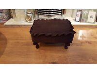 Vintage Retro Style Footstool Pouffe Side Table Queen Anne Feet
