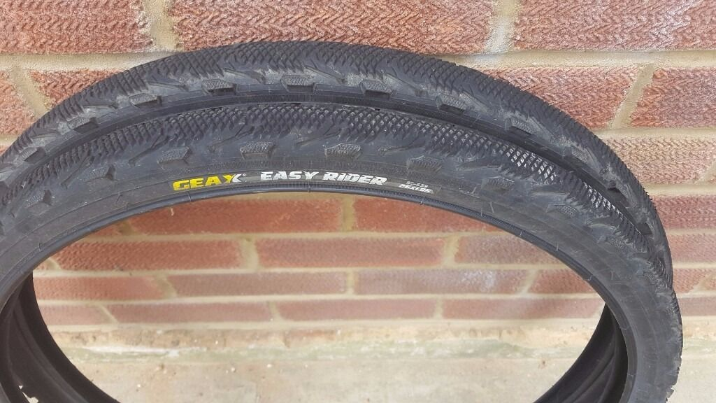 PAIR OF MOUNTAIN BIKE TYRES IN GOOD CONDITION 3 SETS AVAILABLE10 A PAIRin Gosport, HampshireGumtree - PAIR OF MOUNTAIN BIKE TYRES IN GOOD CONDITION 3 SETS AVAILABLE £10 A PAIR 3 PAIRS AVAILABLE 2 PAIRS OF DIAOMOND GRIP 26 X 1.95 (54 553) 1 PAIR GEAX EASY RIDER 26 X 1.95 (50 559) LOCAL COLLECTION ONLY