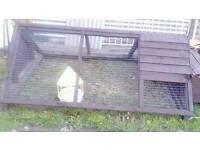 Rabbit / chicken hutch
