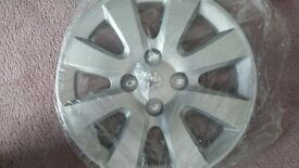 "15"" Peugeot 207 wheel trims x4"