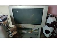 Free 32inch sold style TV and stand