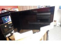 Philips 40 hd free view tv boxed