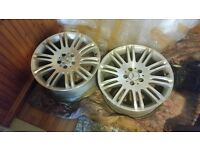 a set of two mercedes alloy wheels 17 inch genuine fit to E class