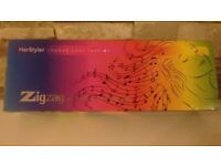HerStyler Zigzag professional crimper iron (Brand new in box)