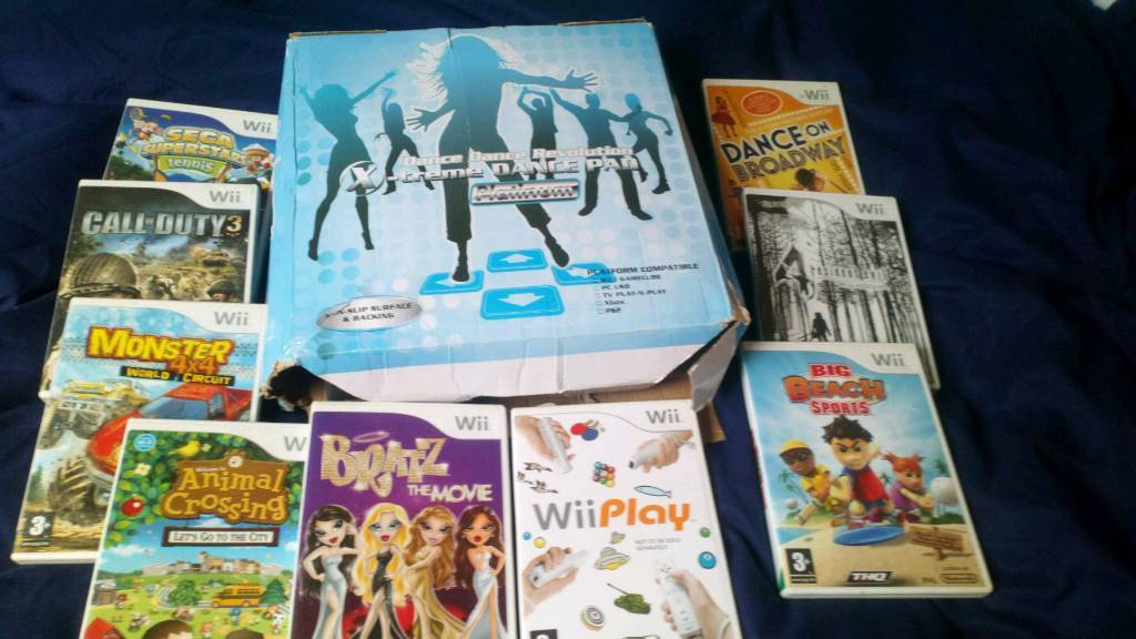 A white Wii with games