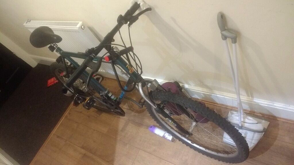 Raleigh bicycleGreen/blue colour, in good conditionin Withington, ManchesterGumtree - Leaving Manchester so need a quick sale! Price is negotiable. Used for deliveroo this year, bought just before Christmas 2016. Back tyre is new (bought 2 months ago), front could use a change but still satisfactory condition. Brakes just need a bit...