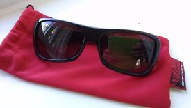 Oakley Montefrio Sunglasses - Black with carry sleeve