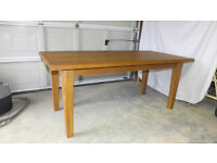 Solid oak dining table, 180cm long 850cm wide 750cm high Top is 40mm thick
