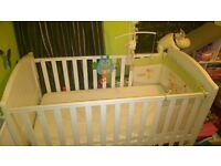 mothercare cotbed and matress and bedding