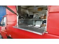 Catering van/trailer with fryer