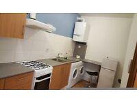 2 bedroom flat in Beattyville Gardens, Gants Hill