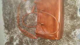 Womans Tu handbag