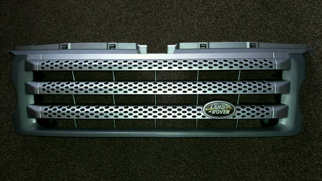 Land rover range rover sport grill