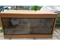 Vivarium 3x1.5x1.5' with all accessories pick up only