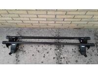 Complete Thule roof bar kit for 3/5-door Fiat Grande (2006-2012)