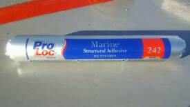 Structural adhesive. Ideal for boat repairs
