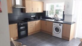 2 double rooms newly refurbished house