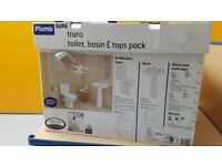 *New boxed* Plumbsure Toilet & Sink with seat, waste, all fittings & Taps