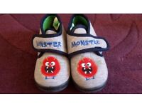 Boys Monster Slippers - size 9