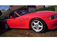 BMW Z3 Red 1.9 1 Year MOT Serviced New suspension clutch roof roll hoops breaks WOKING SURREY