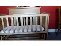 Swinging crib (mothercare)