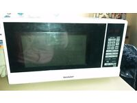 Excellent condition Sharp Microwave Oven.