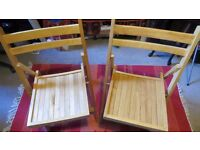 2 vintage style quality Fold up Wooden Chairs. Good condition