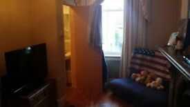 Double Ensuite Room in central Brighton.