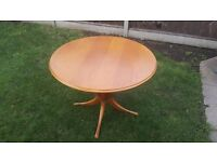 Solid Wood Extending Round / Oval Dining Table - Excellent Condition